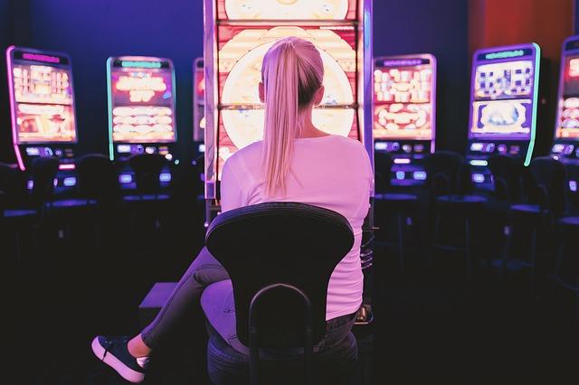 Få både mere afslapning og spænding i hverdagen med online spil