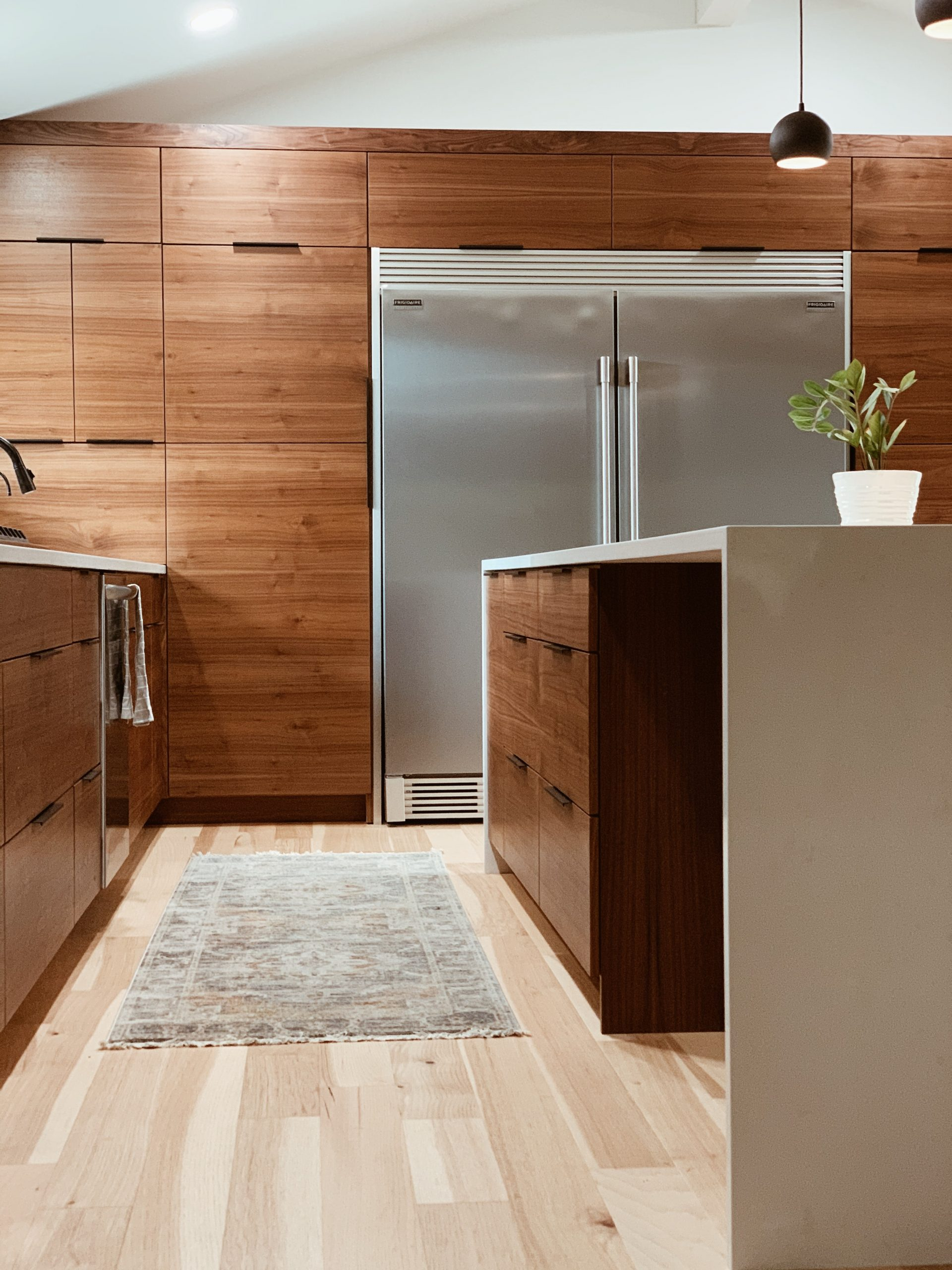 Er du ved at indrette nyt køkken? Brug pengene på de mest essentielle køkkenredskaber